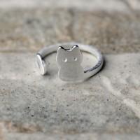 Anello regolabile in argento 925 con sagoma di gatto
